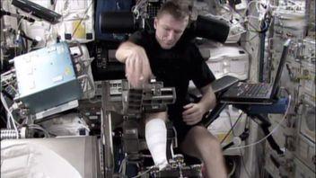 British astronaut Tim Peake working on the ISS