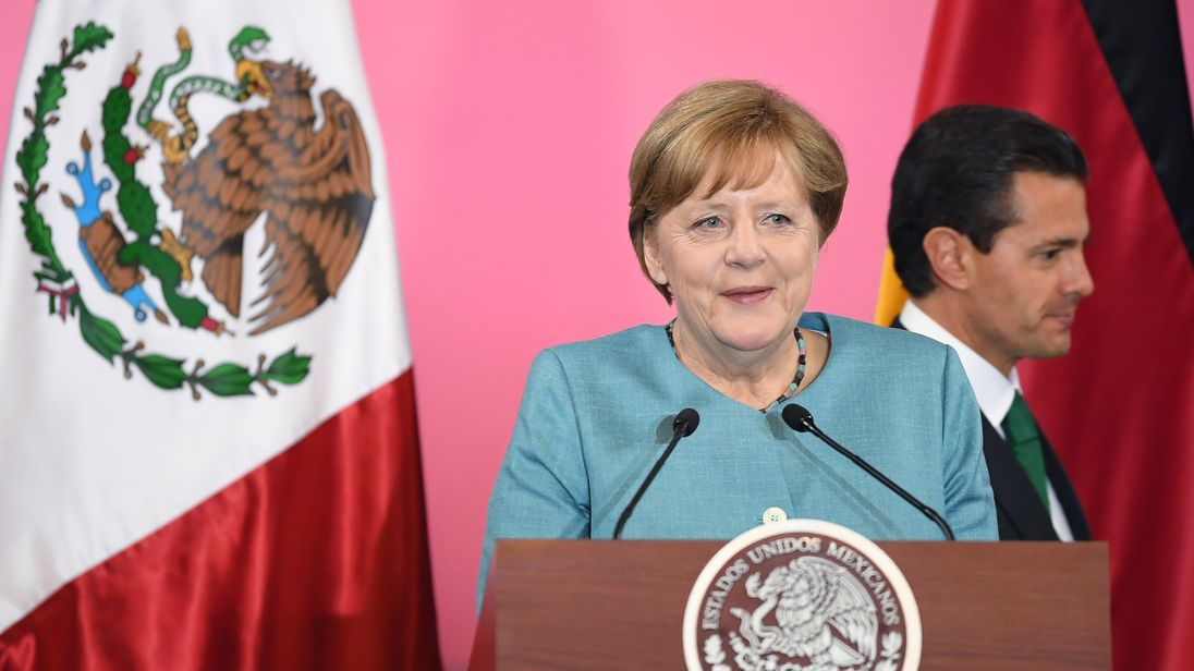 Angela Merkel met Mexico's president