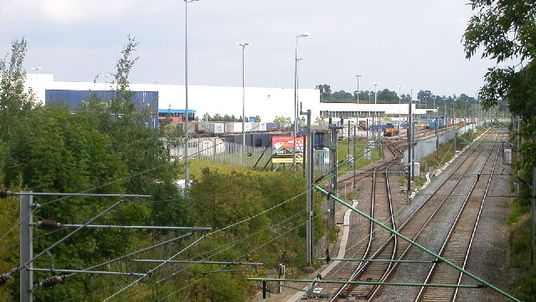 Looking towards Daventry International Rail Freight Terminal from the West Coast Mainline. Pic: Ian Rob
