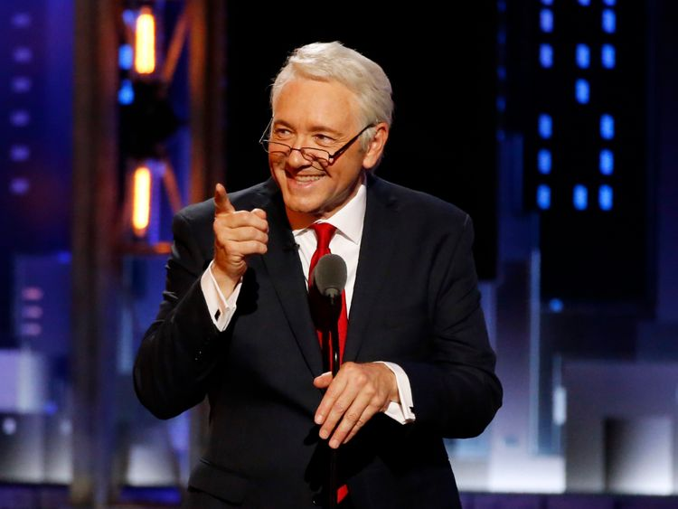 71st Tony Awards – Show – New York City, U.S., 11/06/2017 - Host Kevin Spacey impersonating Bill Clinton. REUTERS/Carlo Allegri