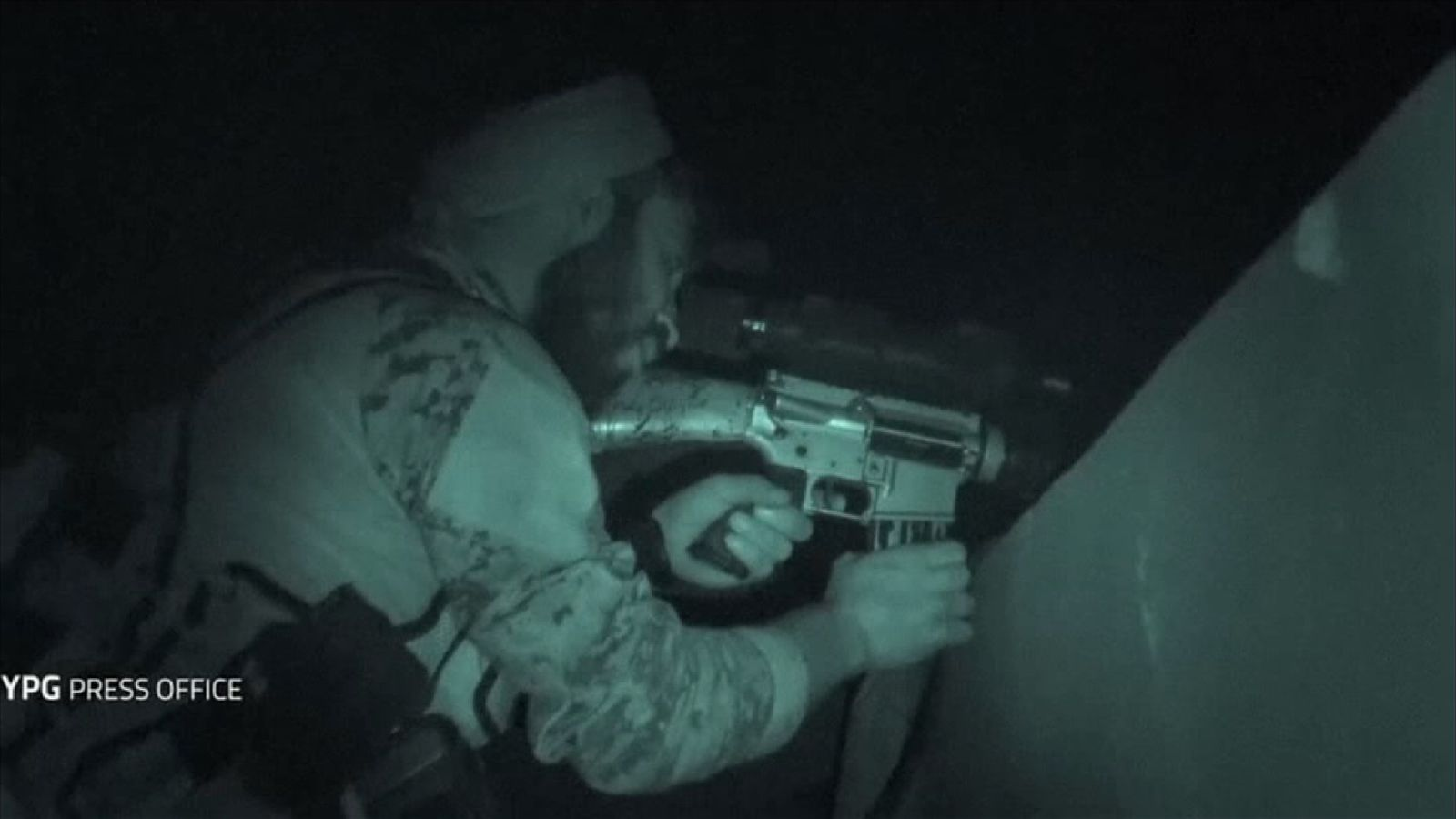 This footage shows Kurdish-led fighters battling IS in Raqqa