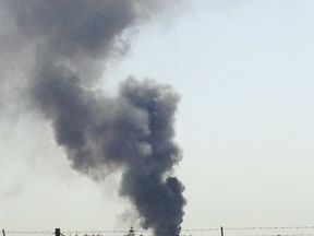 Thick smoke can be seen in the sky above the crash area. Pic. Twitter: @NunoInverno