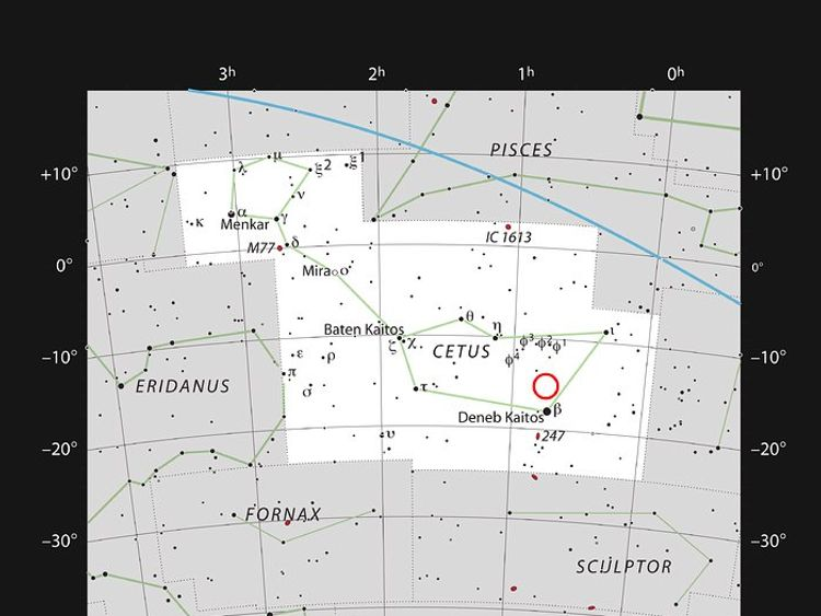 This chart shows the location of the faint red star LHS 1140 in the faint constellation of Cetus (The Sea Monster). Pic: ESO/IAU and Sky & Telescope