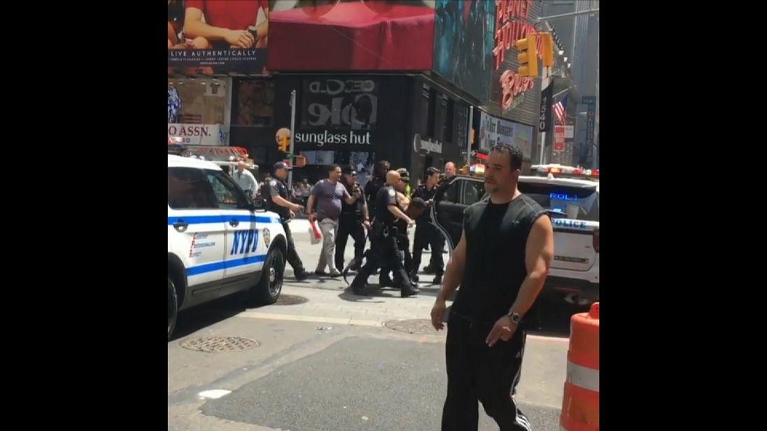 Arrest made in New York at scene of car crash
