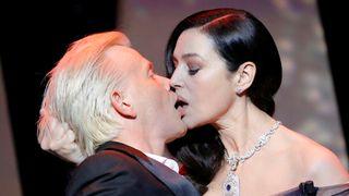 Monica Bellucci kisses actor Alex Lutz
