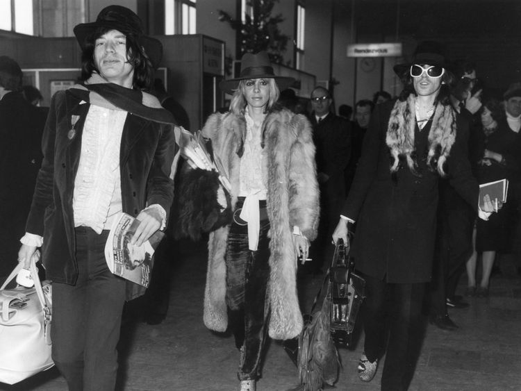 (L-R) Mick Jagger, Anita Pallenberg and Keith Richards