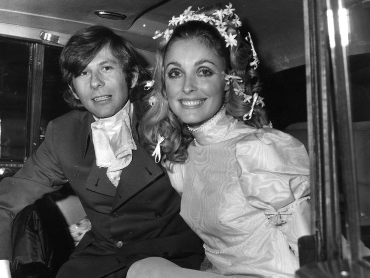Polish film director Roman Polanski and American actress Sharon Tate (1943 - 1969) at their wedding. She was subsequently murdered by members of Charles Manson's pseudo-religious sect The Family. (Photo by Evening Standard/Getty Images)