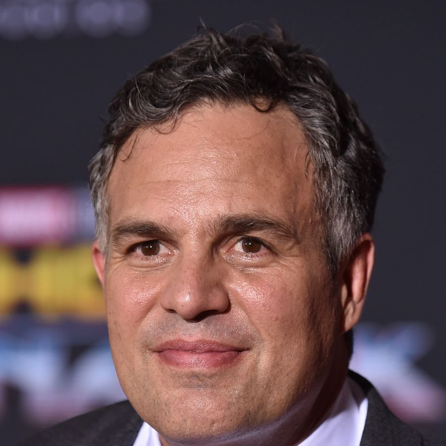 LOS ANGELES, CA - OCTOBER 10: Actor Mark Ruffalo arrives at the Premiere Of Disney And Marvel's 'Thor: Ragnarok' - Arrivals on October 10, 2017 in Los Angeles, California. (Photo by Frazer Harrison/Getty Images)