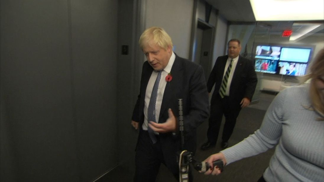 Sky doorsteps Boris Johnson in Washington