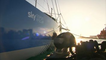 Clean Seas crew members prepare for the Volvo Ocean Race