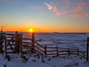 Mam Tor in the Peak District - the morning after the coldest night of the year so far