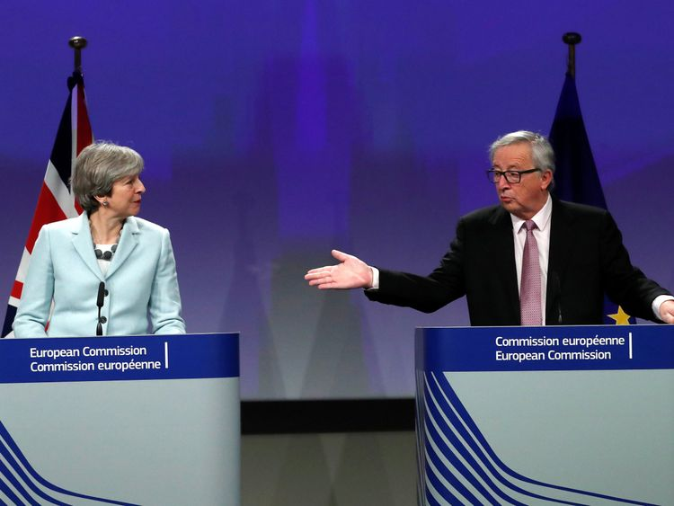 Theresa May and European Commission President Jean-Claude Juncker