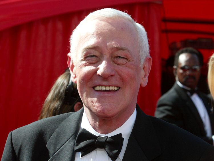 John Mahoney played Frasier and Niles Crane's father in the sitcom Frasier