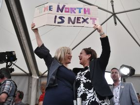 Sinn Fein leader Mary Lou McDonald (r) and deputy leader Michelle O'Neill (l) pile pressure on the PM