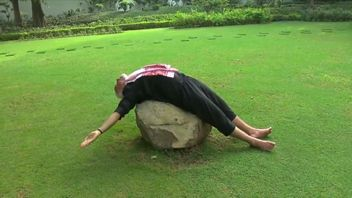 Narendra Modi was taking part in a viral fitness campaign, aimed at encouraging Indians to get fit.