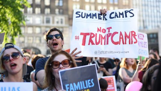 Demonstrations against migrant families being split up
