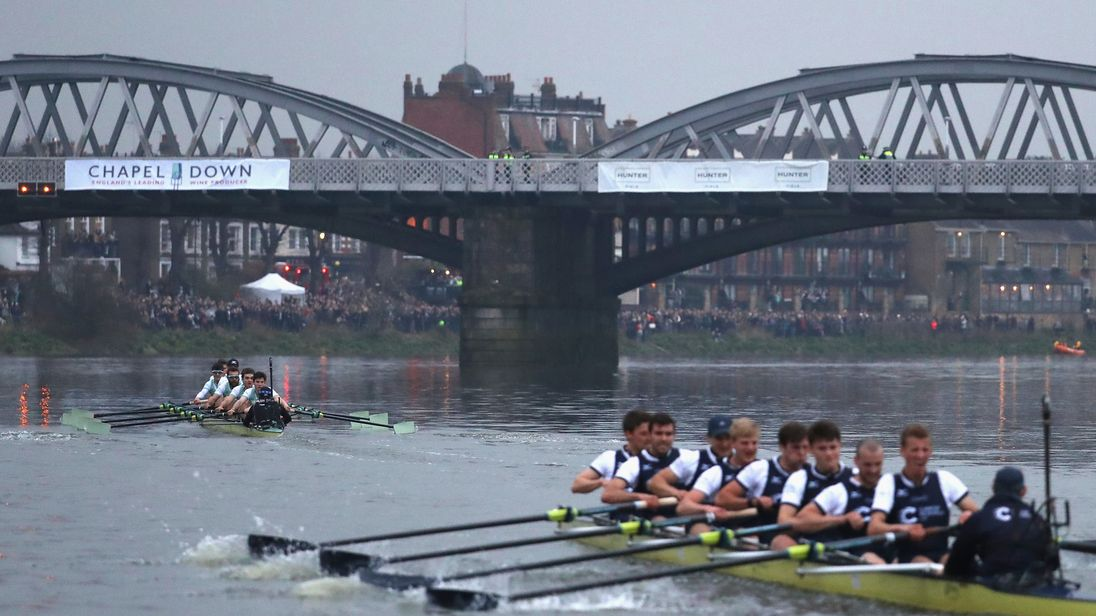 LONDON, ENGLAND - MARCH 24: The Cambridge and Oxford University Men's Boat Club Blue crews pass under Barnes Bridge as they compete during The Cancer Research UK Men?s Boat Race 2018 on March 24, 2018 in London, England. (Photo by Warren Little/Getty Images)