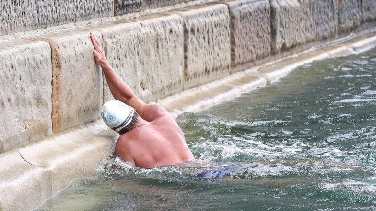 """Lewis Pugh arrives at Shakespeare Beach to complete his """"Long Swim"""" from Land's End to Dover. PRESS ASSOCIATION Photo. Picture date: Wednesday August 29, 2018. Pugh will be the first person to swim the length of the English Channel wearing just a swimming cap, goggles and a pair of trunks. See PA story ENVIRONMENT Swim. Photo credit should read: Gareth Fuller/PA Wire"""